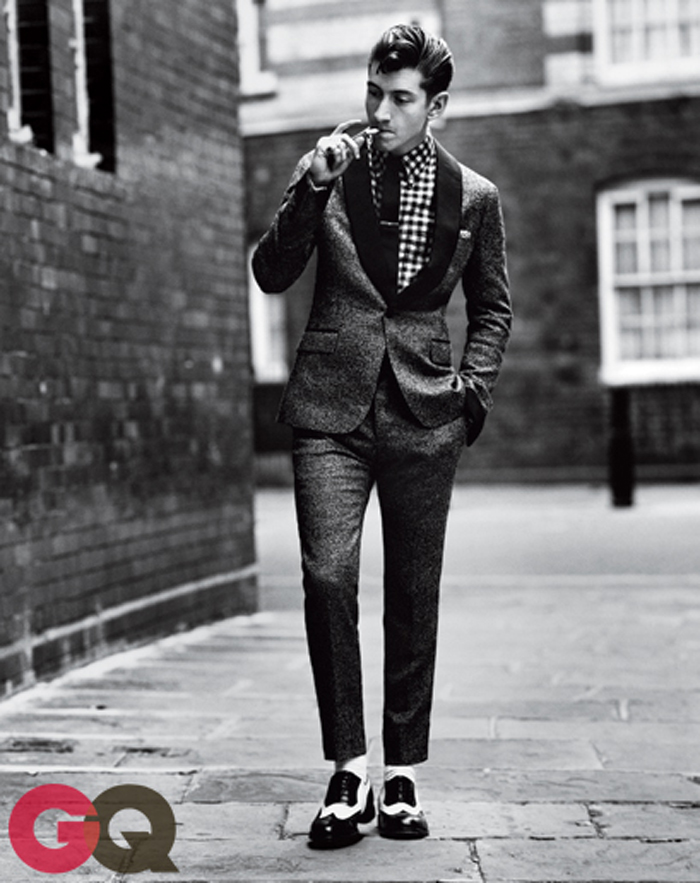 alex-turner-gq-magazine-september-2013-fashion-02