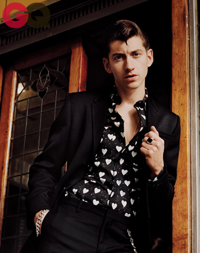 alex-turner-gq-magazine-september-2013-fashion-04