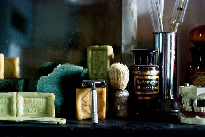 what is apothecary