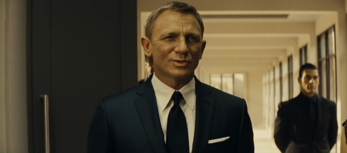 Spectre-Trailer-Navy-Sharkskin-Suit