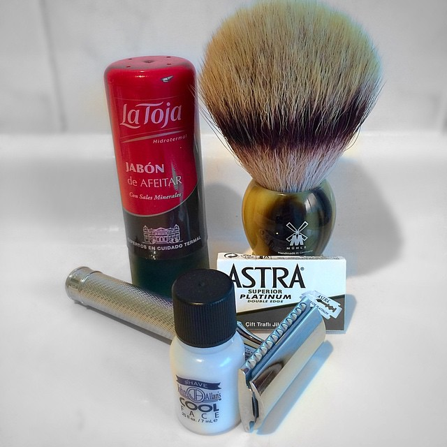 gabe-shaves-australia